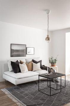 kivik schäslong Living Room Modern, Living Rooms, Sweet Home, Interior Design, Bathroom, Table, Summer, House, Furniture