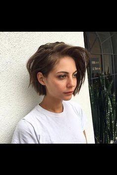 Short Hairstyles for Fine Hair: 21 Short Sassy Haircuts for Women - Short Hair Styles Trendy Haircut, Short Sassy Haircuts, Crop Haircut, Prom Hairstyles For Short Hair, Fall Hairstyles, Haircut Short, Simple Hairstyles, Short Hair Girls, Medium Hairstyles