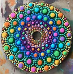 Dot art dot art painting, mandala painting y mandala art. Dot Art Painting, Pebble Painting, Pebble Art, Stone Painting, Mandala Art, Mandala Painting, Mandala Painted Rocks, Mandala Rocks, Cd Art