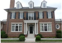 Custom blend of Tryon and Charlestowne on Nashville residence. Brick Patterns, Home Projects, Nashville, Exterior, Mansions, House Styles, Handmade, Beautiful, Ideas