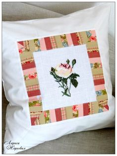 Kreuzstich Rose Kissen / Cross Stitching Pillow / Märchenhaftes Sticken
