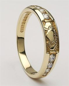 Ladies Gold Claddagh Ring CLAD29D  This would be a wonderful birthday gift! Anyone willing to pass it on to my hubby?
