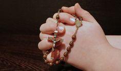 Você está se sentindo aflito e com medo? Fale com Deus, e abra seu coração com essa oração de proteção e bençãos! Ele é o seu melhor amigo...