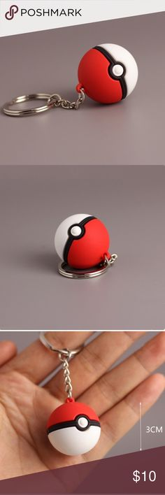 Pokémon ball key chain- red and white Never used, perfect condition Accessories