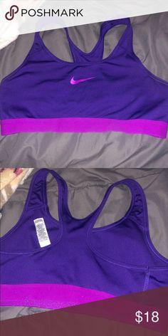 868a0eb12c440 NIKE SPORTS BRA MEDIUM PURPLE 💜💜💜💜💜 Medium women s Nike sports bra in