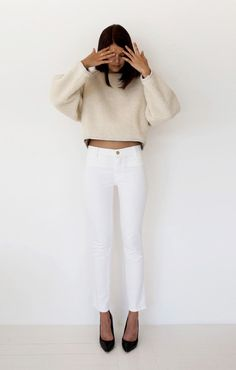 Love love white pants!