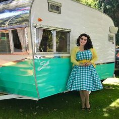 💙Glamping 101-Start with a gorgeous Shasta trailer💙Saw this beauty at the Fathers Day car show, the owners really put a lot of love into it💙 . . . Pics by my sweet hubby @garyzface Dress: @heartofhaute . .  #1950s #rockabella #rockabilly #shastatrailer #pinupgirlclothing #curves #pinup #pinupgirl #pinupdoll #vintage #voluptuous #vintagestyle #pinupmodel #curvy #selenagomez @la_vida_rockabilly #carshow @pinupparadise @pinupworship @ratrodz_n_pinups @thepinupbible #carshow #hermosa…