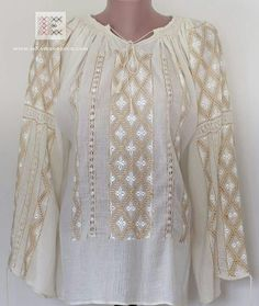 Romanian blouse Folk Embroidery, Learn Embroidery, Hand Embroidery Designs, Embroidery Patterns, Machine Embroidery, Folk Costume, Costumes, Wedding Glasses, Antique Quilts