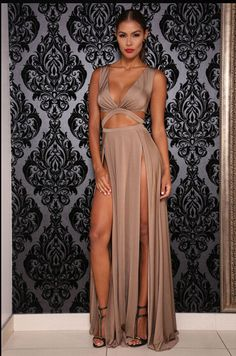 Sexy Sleeveless Long High Split Party Dress Wow look at those legs Club Dresses, Sexy Dresses, Prom Dresses, Summer Dresses, Bandage Dresses, Long Dresses, Sexy Outfits, Party Gown Dress, Party Gowns