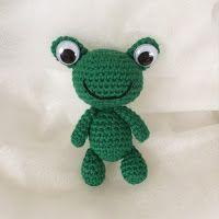 Carina har en länk t& Textiles, Crochet Animals, Yoshi, Crochet Patterns, Presents, Blog, Handmade, Diy, Free
