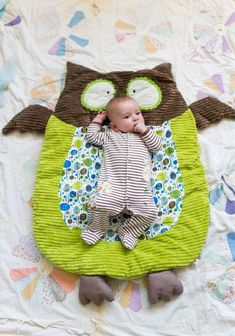 DIY owl blanket!  The girls' room is owls:) Maybe I can make this :)
