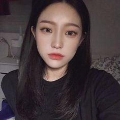 Ulzzang Korean Girl, Cute Korean Girl, Asian Girl, Asian Makeup, Korean Makeup, Korean Beauty Girls, Asian Beauty, Korean Short Hair, Ulzzang Makeup