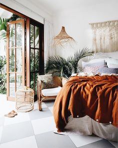 9 Stunning Useful Tips: Natural Home Decor Modern Texture natural home decor living room floors.Natural Home Decor Bedroom Loft natural home decor house living rooms.Natural Home Decor Earth Tones Colour Palettes. Bohemian Bedrooms, Trendy Bedroom, Bohemian Room, Modern Bedroom, European Bedroom, Minimalist Bedroom, Luxury Bedrooms, Rustic Bedrooms, Bedroom Simple