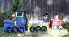 Turn empty cardboard boxes into a Thomas & Friends photo booth!