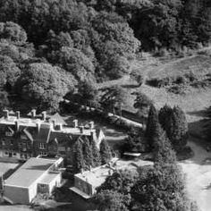 The Bennett Memorial Diocesan School, Royal Tunbridge Wells, 1953 John Bishop, Tunbridge Wells, Old Pictures, Schools, Britain, Alexander Mcqueen, Places To Visit, England, Wellness