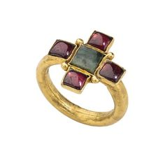 Early Christian Roman ring, set with garnet and emerald. Circa 4-5th century C.E.
