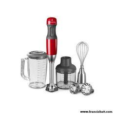 Mixeur plongeant KitchenAid, muni de trois embouts à lames interchangeables en acier inoxydable. Chaque lame se fixe et se retire en toute simplicité pour réaliser une multitude de tâches, comme piler, haché, moussé.