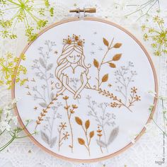 Modern hand embroidery Embroidery kit Gold & Gray Princess