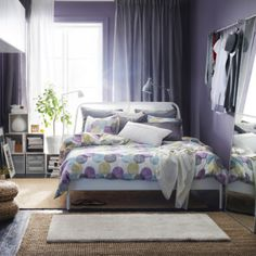 Malin Rund duvet cover- Ikea and purple feature wall ...?