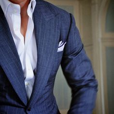 detalles-calidad-sutiles-atuendo-homber-elegancia-caballero-01
