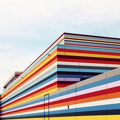Lines, la géométrie architecturale par Sebastian Weiss - Beware!