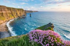 It may be one of the smaller continents, but what Europe lacks in size, it makes up for in style. Take a look at 20 of the most beautiful places in Europe. Places In Europe, Places To Travel, Places To See, Travel Destinations, Travel Europe, European Travel, Ireland Beach, Ireland Travel, Ireland Cliffs Of Moher