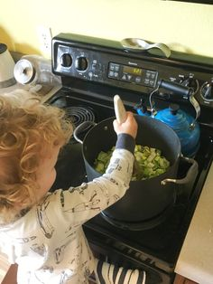 Toddler Approved Leek and Potato Soup! Only 4 ingredients: leeks, potatoes, chicken stock, and heavy cream.