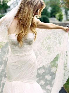 Sheath Wedding Dress : Picture Description Gorgeous wedding gown and veil! See the wedding on SMP: www. Mod Wedding, Wedding Veils, Elegant Wedding, Dream Wedding, Wedding Headpieces, Ribbon Wedding, Wedding Hair, Summer Wedding, Wedding Stuff