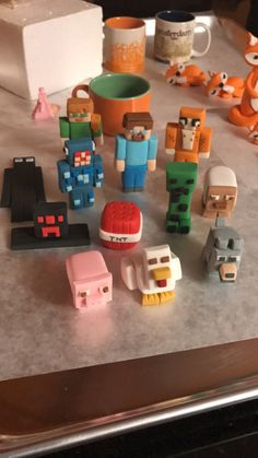 Décoration de gâteau fondant Minifigurines Charachters Cupcake Cupcakes Minecraft, Minecraft Birthday Cake, Minecraft Party, Easy Minecraft Cake, Pastel Minecraft, Nerf Cake, Cake Topper Tutorial, Occasion Cakes, 9th Birthday