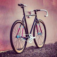 bikes&girls&macs&stuff : Photo