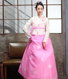 hanbok - longer jacket allows chima to fall from waist