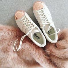 Adidas for girlsss! #pink #rose #omoda #adidas #sneakers @omodashoes
