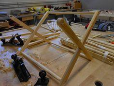 Juhannuskylän käsityö : Lehtiteline Diy And Crafts, Barn, Woodworking, Teaching, Furniture, Home Decor, Converted Barn, Decoration Home, Room Decor