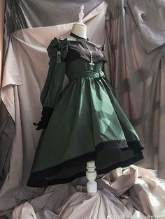 Mysterious Poetry Halter Neck OP by Chronos's Temple Pretty Outfits, Pretty Dresses, Beautiful Outfits, Cool Outfits, Cosplay Dress, Cosplay Outfits, Old Fashion Dresses, Fashion Outfits, Estilo Lolita