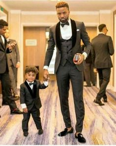 Cheap Suits, Buy Three pieces (pant+jacket+tie+vest) black suit formal for black man tuxedos for men mens prom suits groomsmen suits wedding Now Only USD Prom For Guys, Prom Suits For Men, Best Wedding Suits For Men, Black Suit Wedding, Wedding Men, Wedding Tuxedos, Grey Tuxedo Wedding, Luxury Wedding, Prom Tuxedo