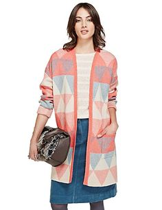 Something to ponder... A very interesting cardigan in great colours.