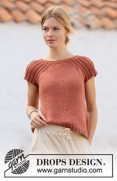 Canyon Clay DROPS Free knitting patterns by DROPS Design Chest measurements cm 31 1 2 5 8 3 4 1 4 Full length cm 19 3 4 8243 1 2 8243 1 4 8243 8243 3 4 8243 5 8 8243 The Effective Pictures We Knitting Patterns Free, Knit Patterns, Free Knitting, Free Pattern, Sewing Patterns, Drops Design, Summer Knitting, Crochet Diagram, Knitting Projects