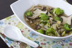 Soupe aux choux de Bruxelles et aux champignons