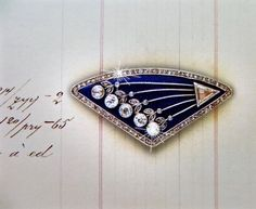 """Fabergé COMET DROOCH: A jewel variation inspired by the rendering of a similar """"comet Brooch"""" shown elsewhere on this board. It is stamped with the marks of the Moscow goldsmith Fedor Anatolievitch. Wartski, London."""