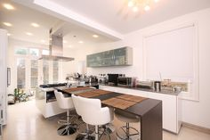 5 Beds House To Let in Cairns Road, Battersea, SW11