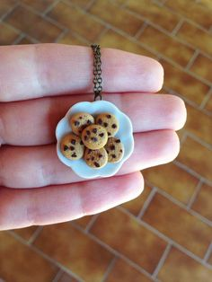 Butter Cookies with Chocolate Chips on a Plate Necklace _ Dollhouse Scale Miniature Food _ Polymer Clay _ Foodie Gift by MarisAlley on Etsy Chocolate Chips, Chocolate Chip Cookies, Miniature Food, Tarts, Cookie Recipes, Polymer Clay, Scale, Butter, Miniatures