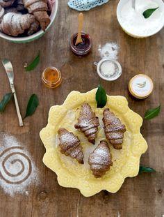 croissants de alfarroba - Sabores de Canela
