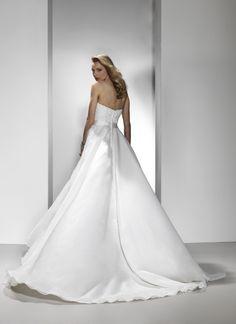 Bridal dress (Justin Alexander)
