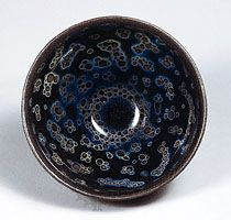 Jian ware  Tea bowl, Jian-type stoneware with oil-spot effect (yohen temmoku) from Fujian province, 12th–13th century, Southern Song dynasty; in the Seikado Bunko Art Museum, Tokyo.    © The Seikado Bunko Art Museum