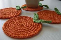 BeyazBegonvil I Kendin Yap I Alışveriş IHobi I Dekorasyon I Kozmetik I Moda blogu: Örgü Bardak Altlığı Modelleri Crochet Home, Cute Crochet, Irish Crochet, Easy Crochet, Knit Crochet, Crochet Brooch, Fabric Coasters, Crochet Potholders, Art Yarn