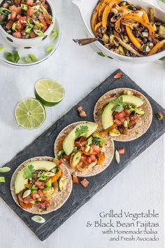Grilled Vegetable and Black Bean Fajitas | Savory summer veggie & black bean fajitas for the grill! | With homemade salsa & creamy avocado (vegan!) | The Scrumptious Pumpkin