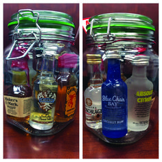 DO-IT-YOURSELF Mini Nights Clubs to Jumble Your Residence Style Stunning Low-budget modern mini bar ideas you'll love Santa Gifts, Cute Gifts, Holiday Gifts, Holiday Drinks, Party Drinks, Diy Christmas Gifts For Coworkers, Party Favors, Mason Jar Gifts, Mason Jars