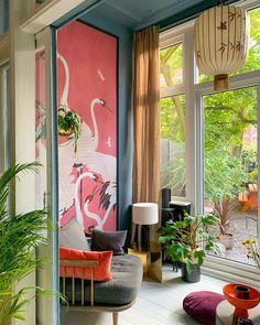 n est fan de cette douce ambiance asiatique dans le jardin d'hiver de Theo-Bert, avec cette tapisserie à effet trompe-l'œil ! ©