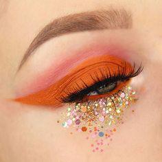 Makeup Eye Looks, Eye Makeup Art, Skin Makeup, Makeup Inspo, Makeup Inspiration, Beauty Makeup, Weird Makeup, Fall Eye Makeup, Orange Eye Makeup