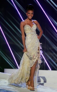 Leila Lopes, Miss Angola 2010 and Miss Universe strapless sparkly white evening dress with lace and fringe detail and slit Miss Universe Pageant Evening Gown Competition) Miss Philippines, Miss Universe Philippines, Miss Angola, Ukraine, Ebony Models, Miss Dress, Beauty Pageant, Designer Gowns, Pageant Dresses